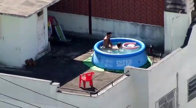 Roof sex top